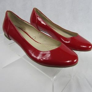 Kimchi Blue 7 Red Patent Leather Ballet Flats Shoe